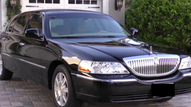 limo service near me to airport